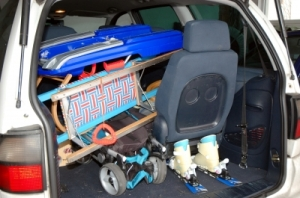 rudolf ortner  / pixelio.de  Viel Gepäck-alles muss mit-geht das ohne Auto