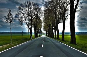 road-742060_640